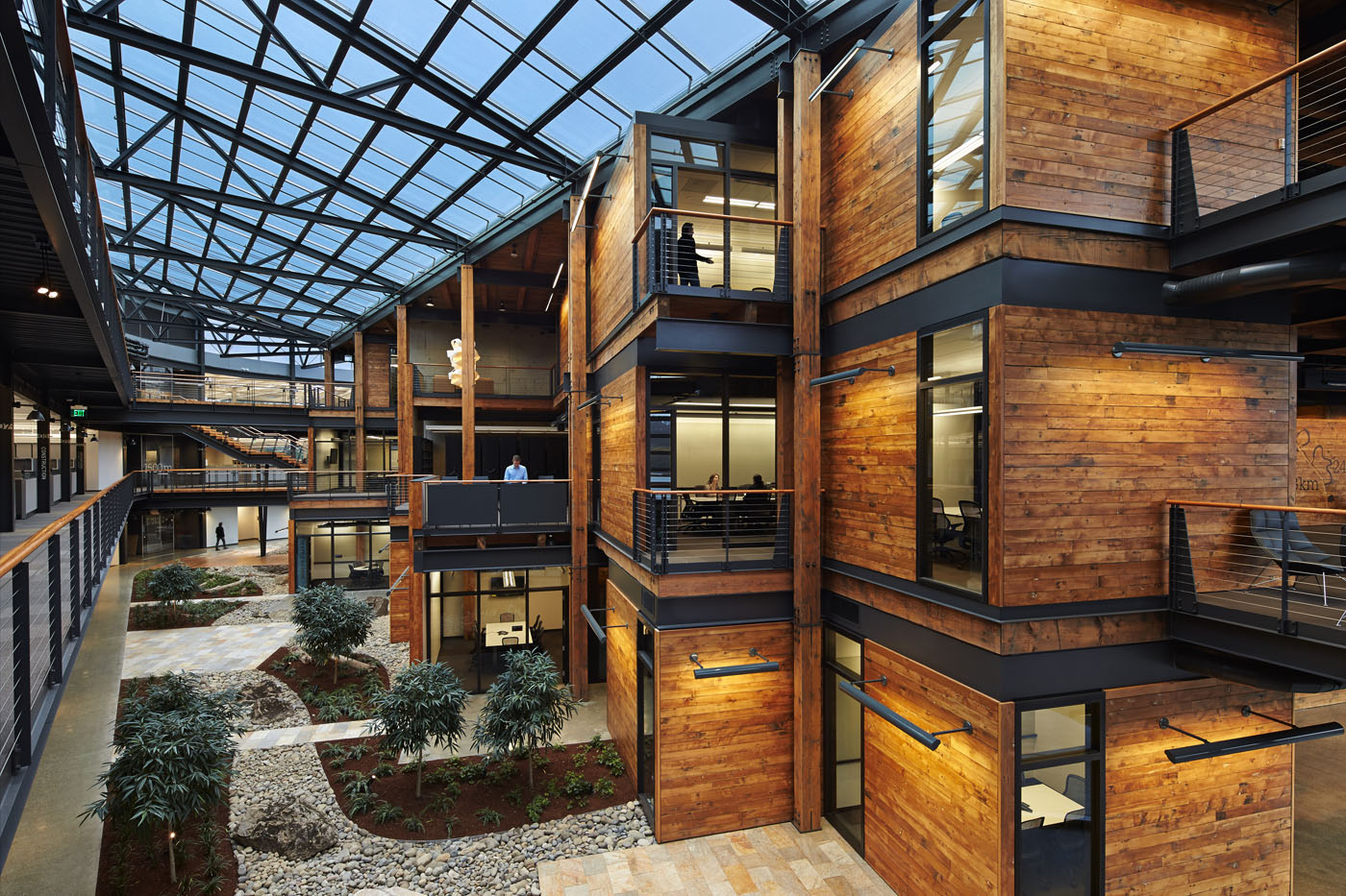 Top 10 green buildings environmental watch for Best material to build a house